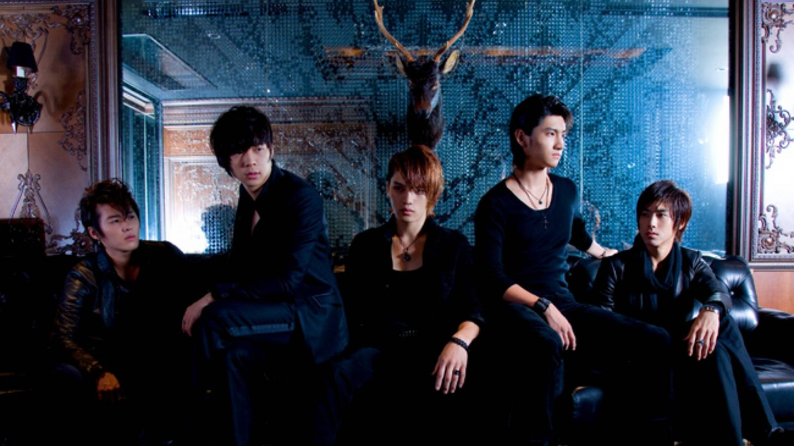DBSK:n History in Japan © Avex Entertainment Inc.