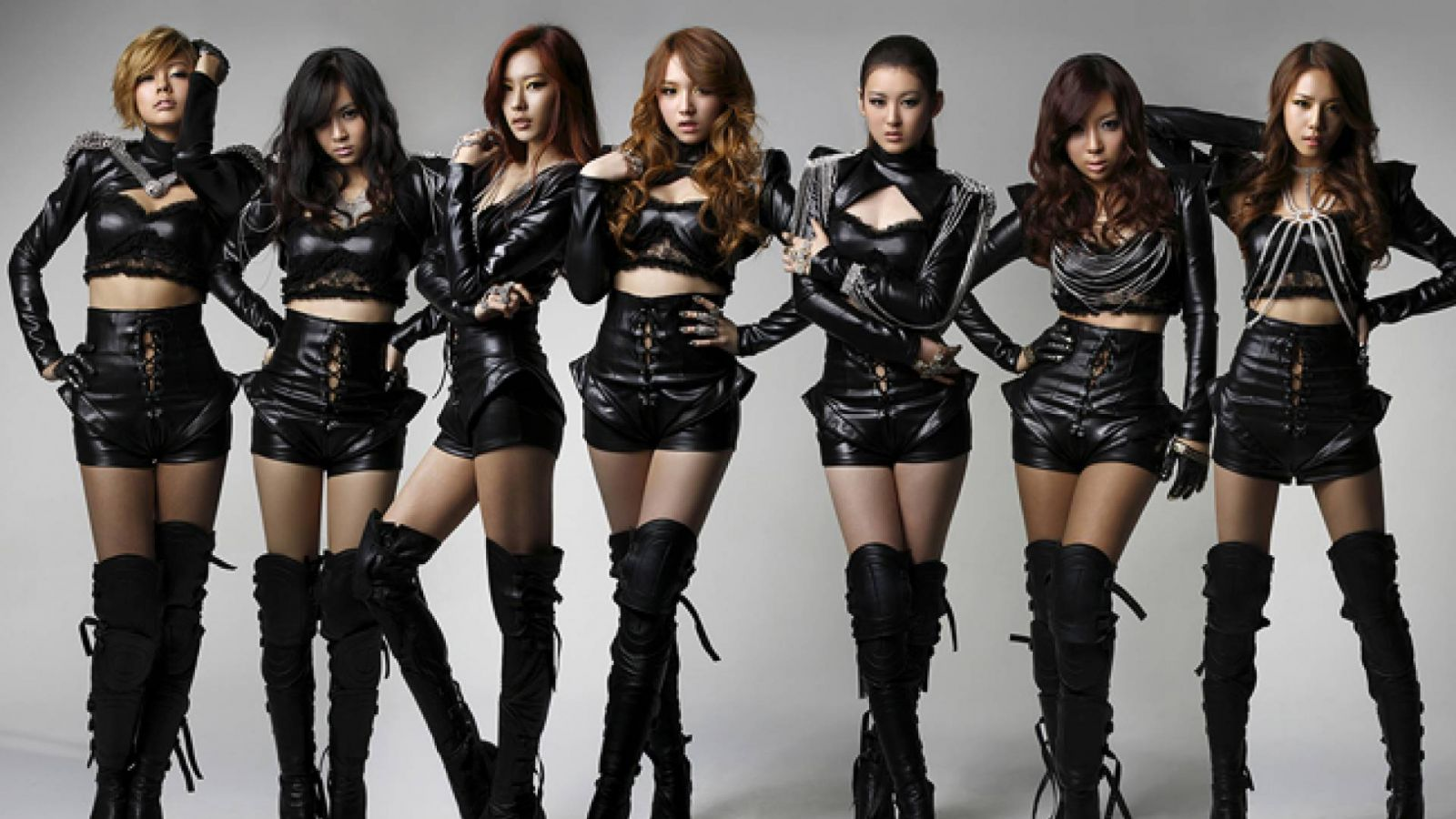 RaNia © Dr. Music Entertainment