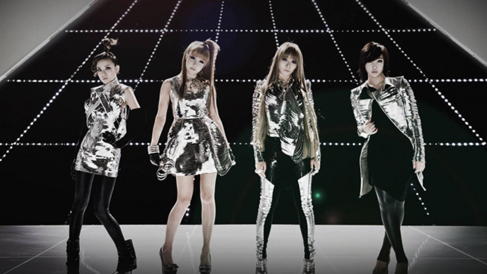 2NE1 va sortir un best-of au Japon © YG Entertainment