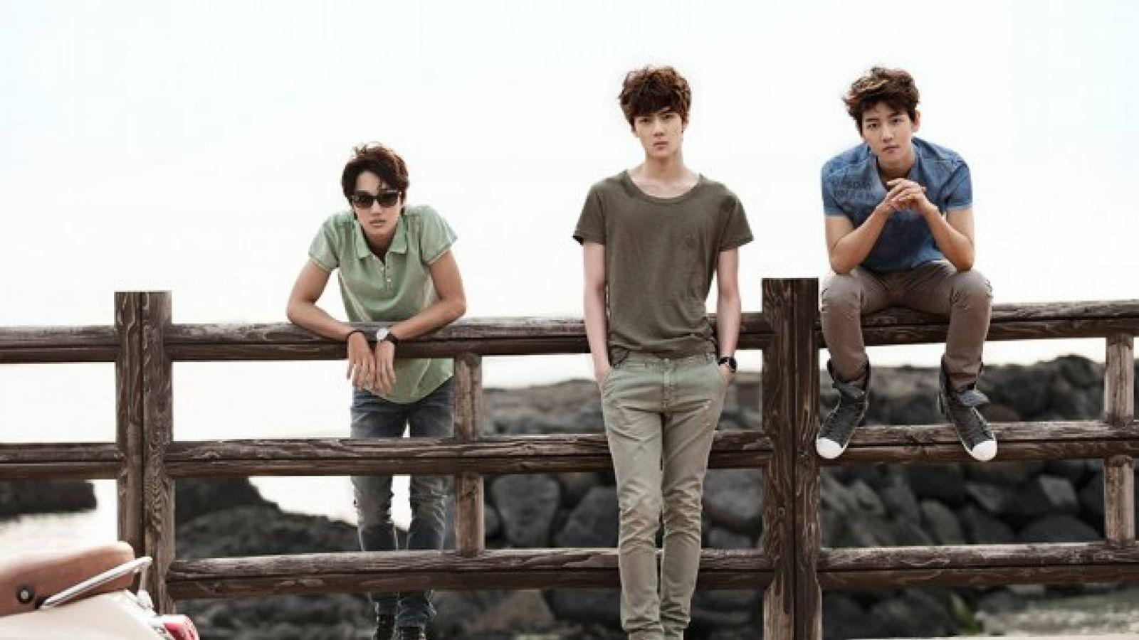 Kai, Sehun e Baekhyun promovem a coleção de primavera 2012 da Calvin Klein Jeans © Moke Na Jung
