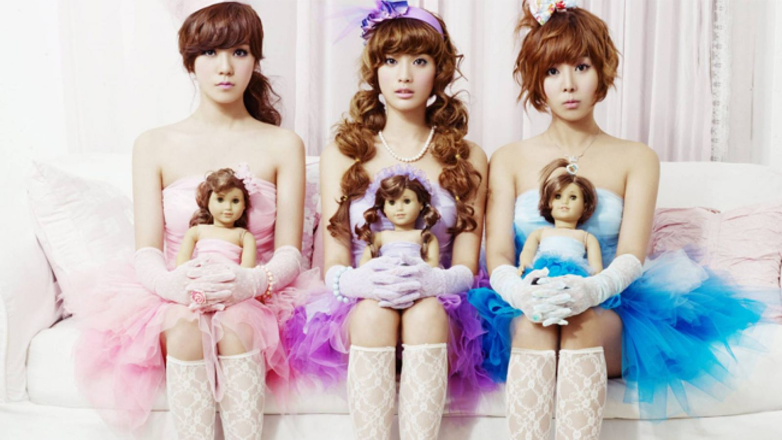 Primeiro álbum coreano do Orange Caramel © Pledis Entertainment