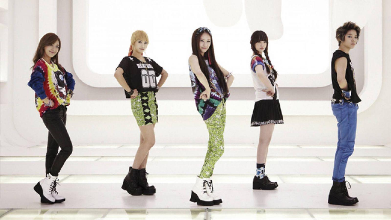 Pink Tape e filme artístico do f(x) © SM Entertainment