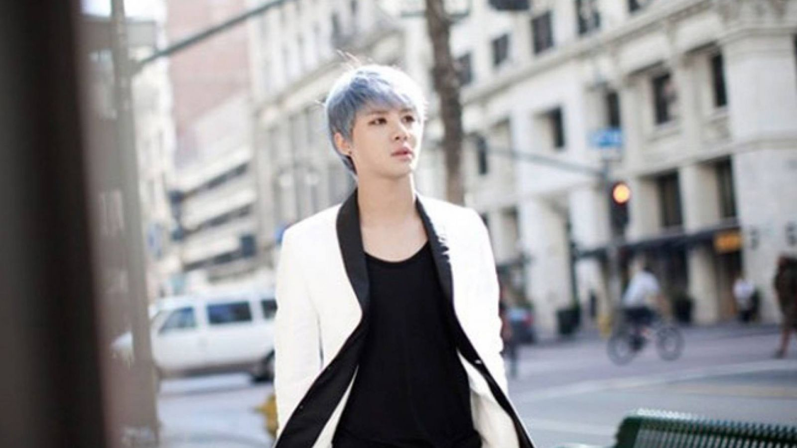 XIA – UNCOMMITTED © C-Jes Entertainment