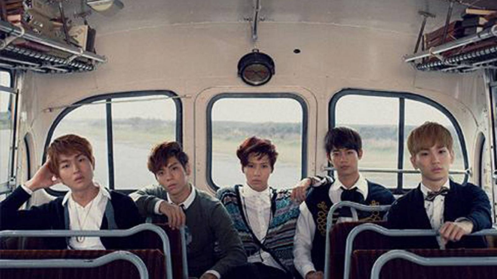 Le sixième single japonais des SHINee © SM Entertainment EMI Japan