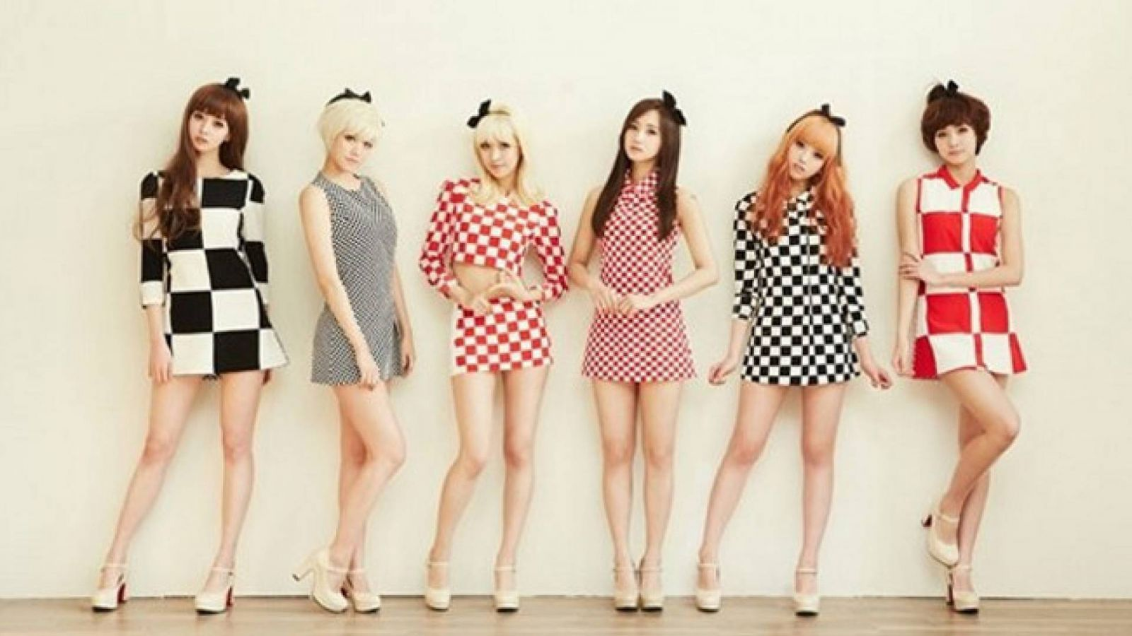 Comeback do HelloVenus © Pledis Entertainment