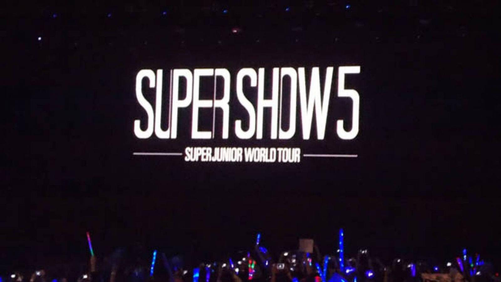 Super Junior Lontooseen marraskuussa © Nana - KoME Brazil