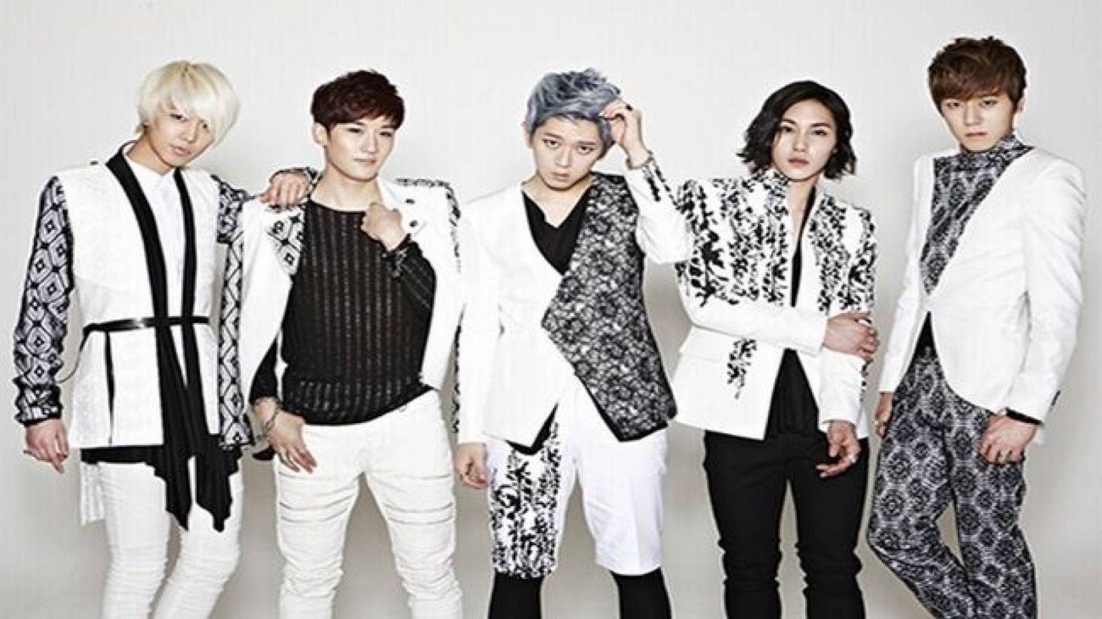 Novo grupo de Jackie Chan, JJCC, estreia na Coreia © JJCC, Jackie Chan Group Korea