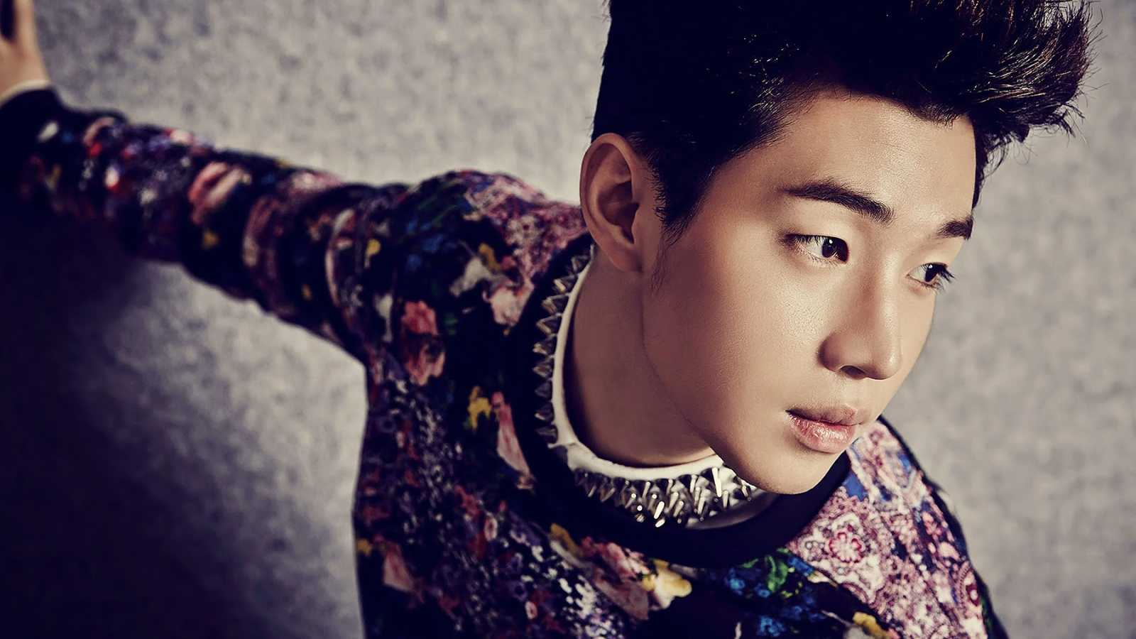 Henry © Super Junior OFFICIAL LINE