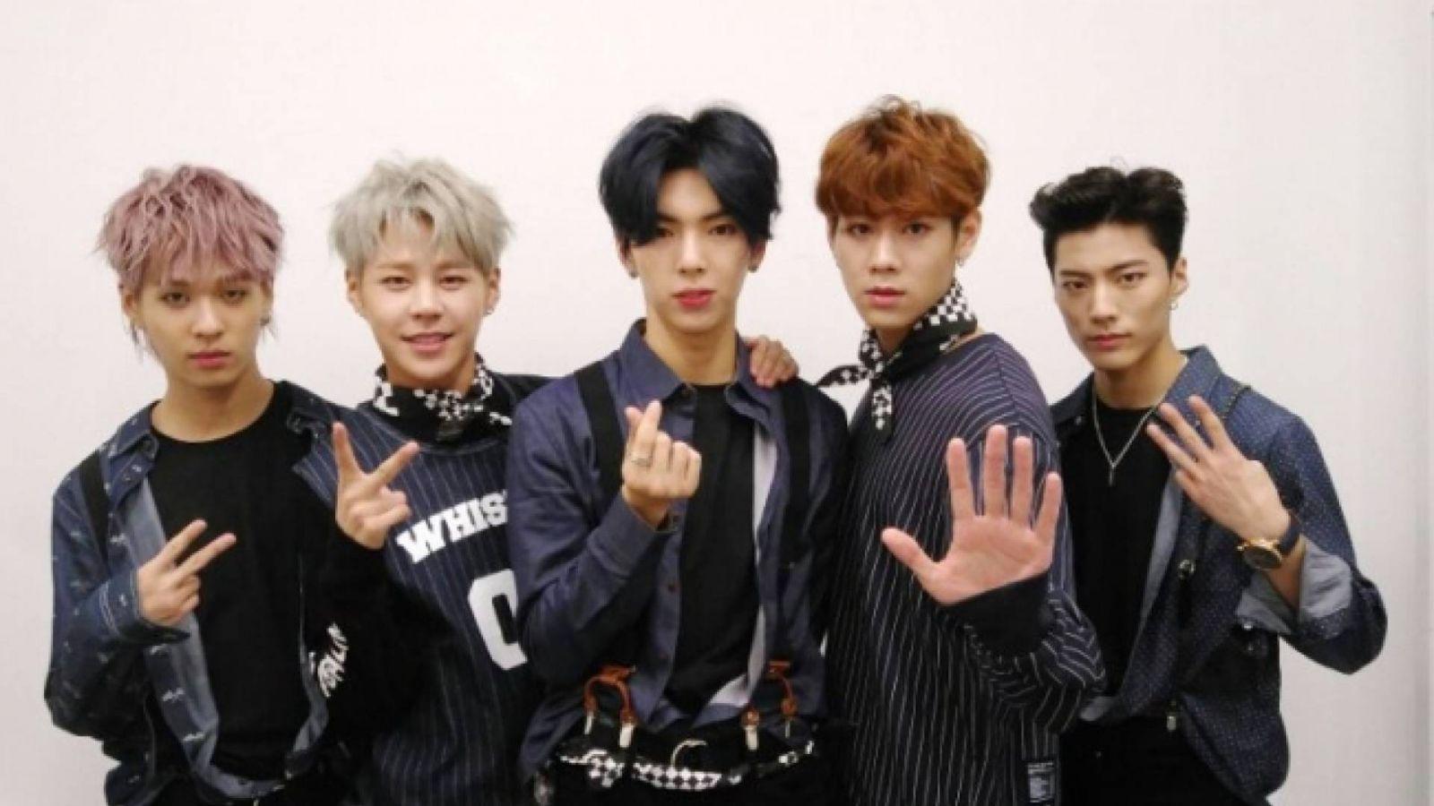 IMFACTin jäsenet esittävät oman versionsa Taeyangin kappaleesta © IMFACT. All Rights Reserved.