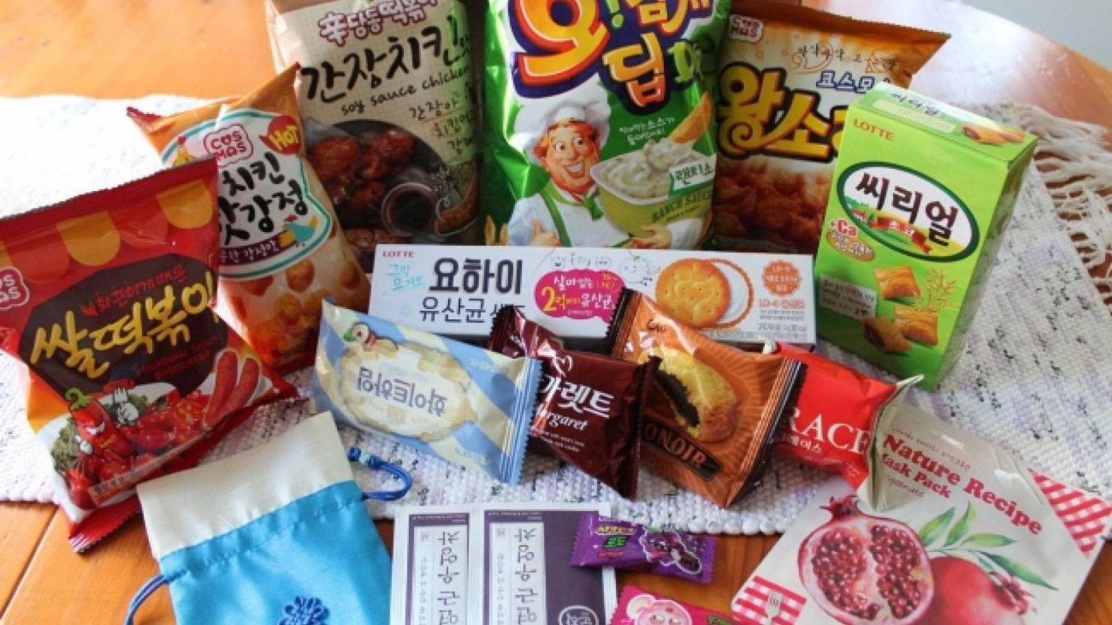 Arvostelussa KOREA BOXin K-Snack Box © KoME Suomi, Hanna-Riikka Kontinaho