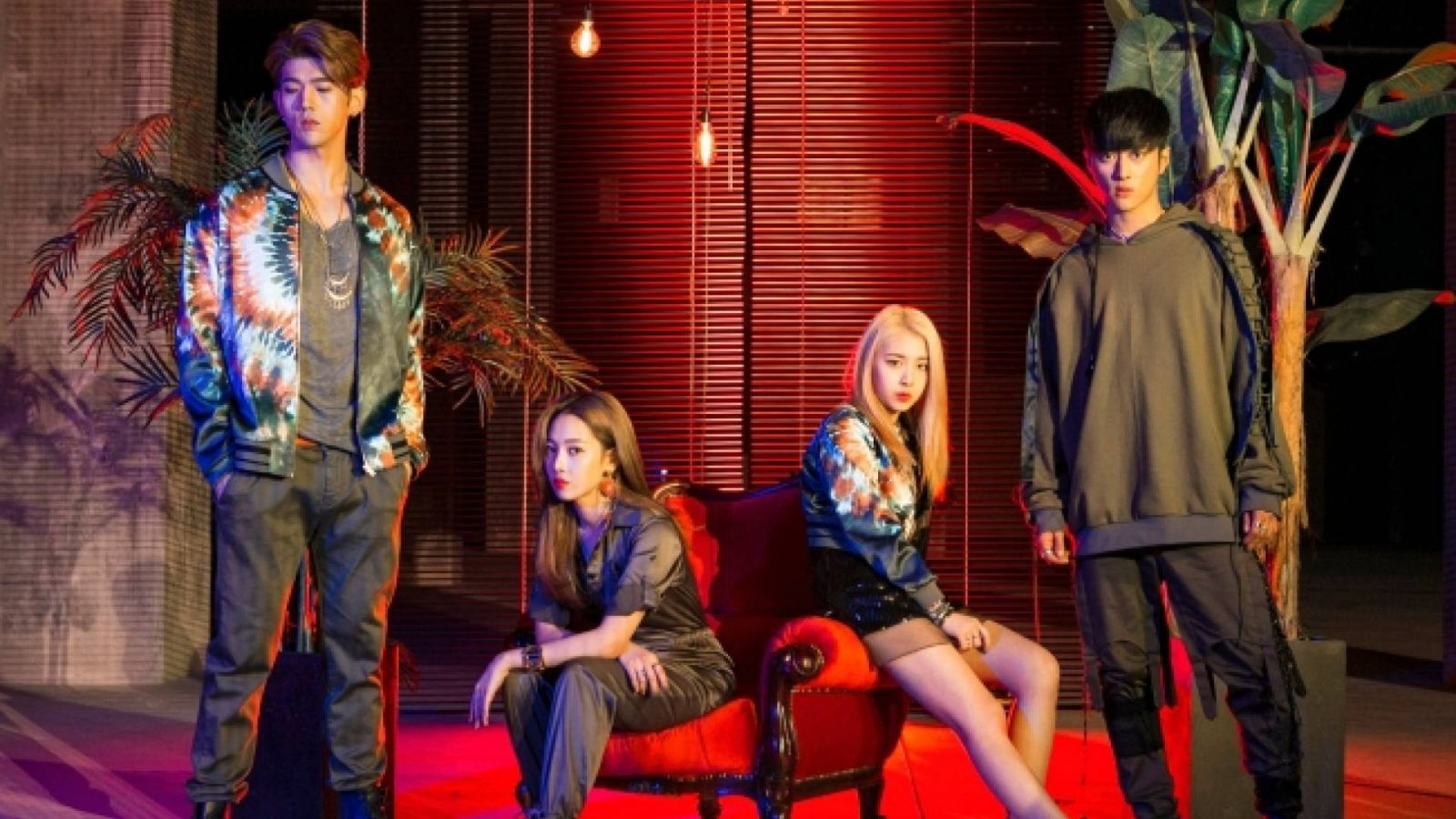 KARD to Release Their First Mini-Album And Tour Europe © KARD. All Rights Reserved.