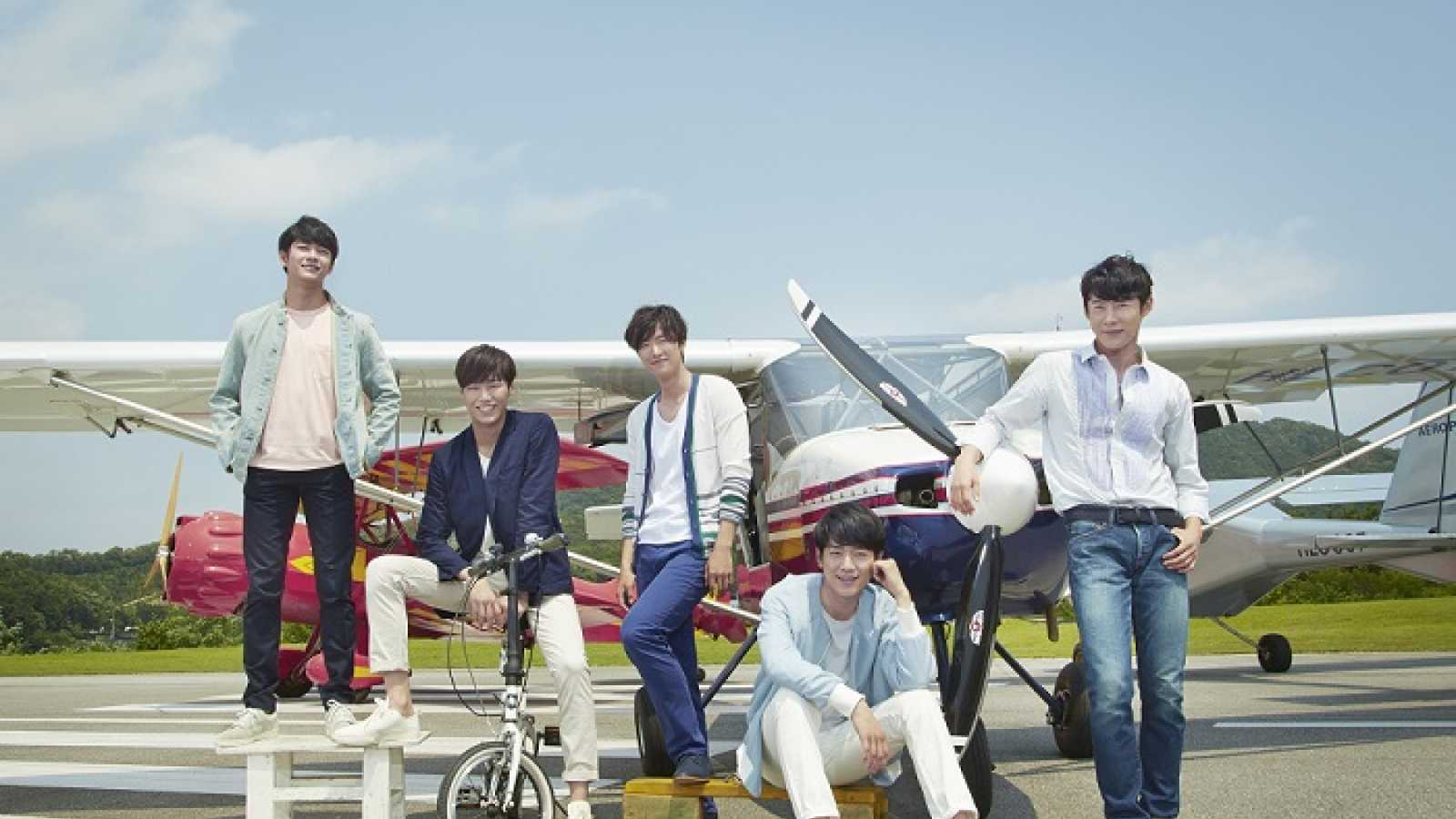 5urprise © Fantagio Entertainment. All rights reserved